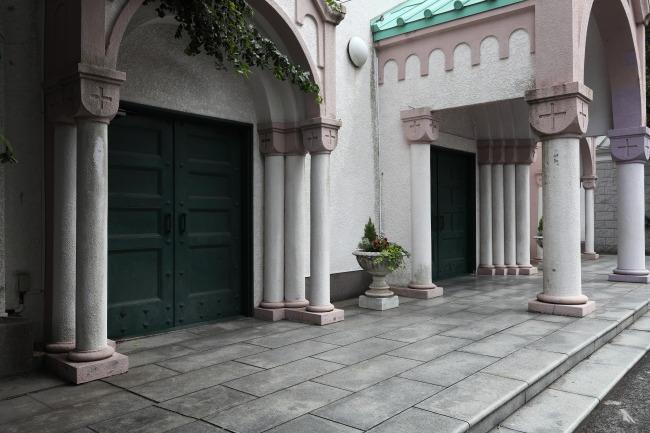 サレジオ教会入り口