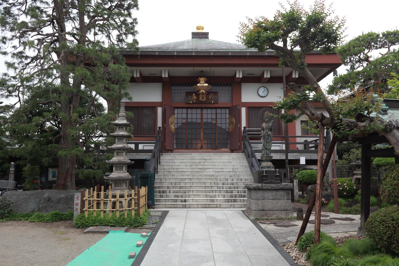 慈眼寺本堂